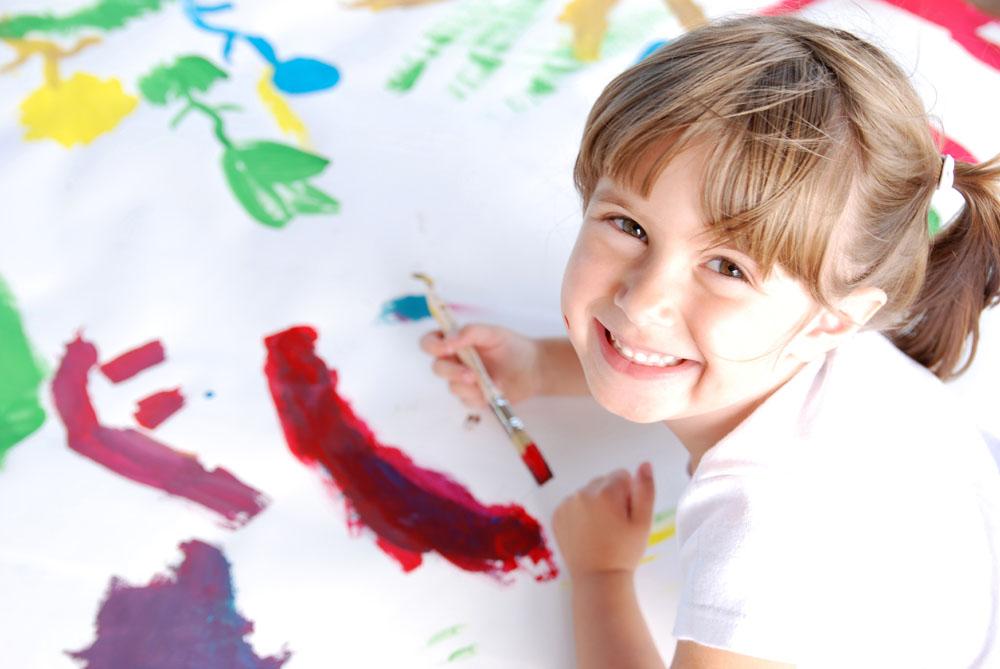 画画的小女孩 图片素材下载-儿童幼儿-人物图库-图
