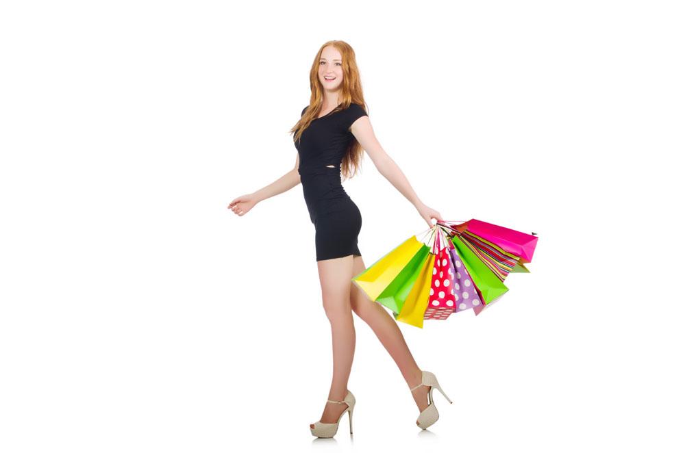 穿高跟鞋的购物美女图片