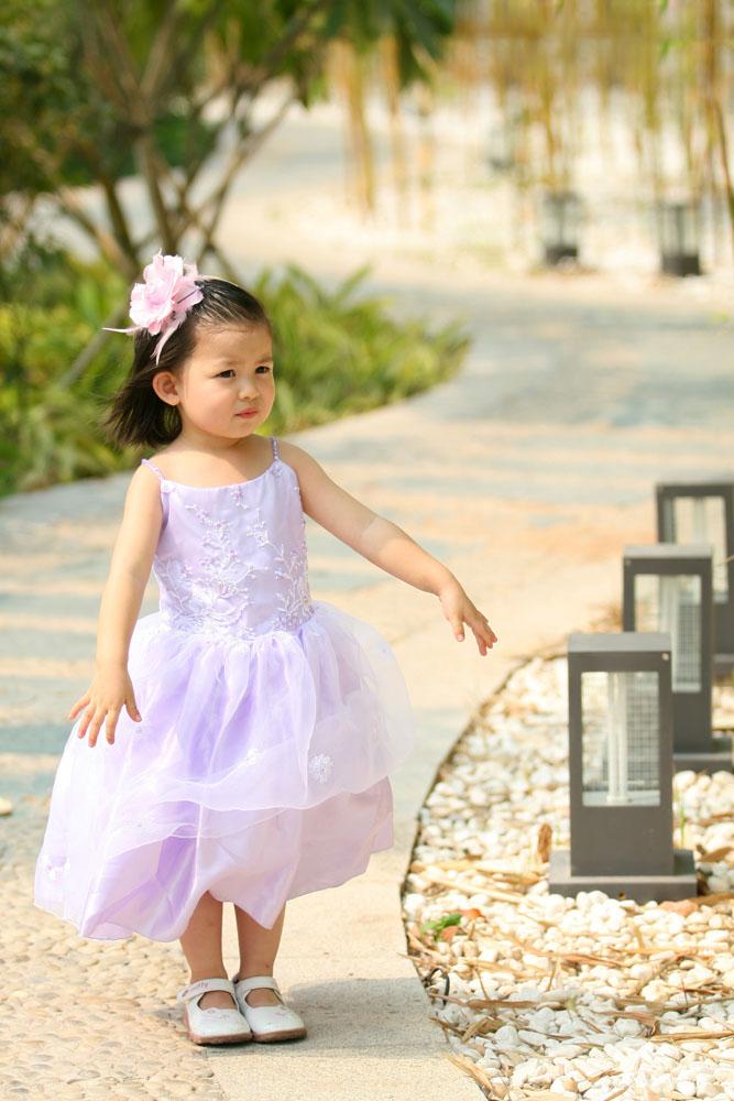 小女孩掀起裙子图片_紫色裙子女孩图片素材下载(图片ID:579125)_-儿童幼儿-图片素材_ 集 ...