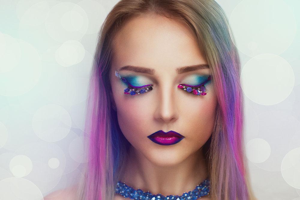 电影彩妆图片图库素材下载-人物易容-红唇美女成美女的女人女性图片